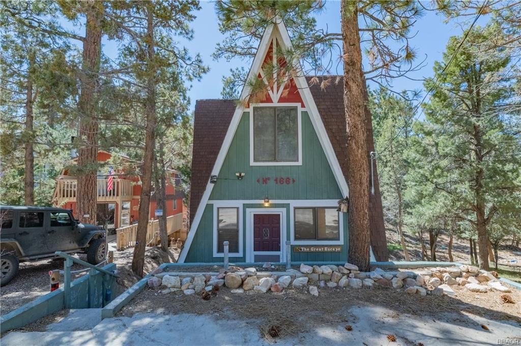166 Vista Avenue, Sugarloaf, CA 92386 - Sugarloaf, CA real estate listing