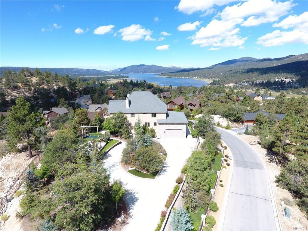 447 Starlight Circle Property Photo - Big Bear Lake, CA real estate listing