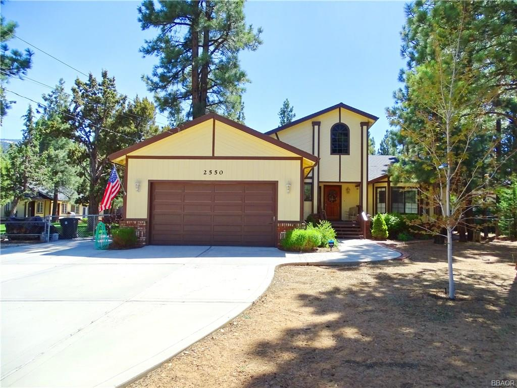 2550 Oak Lane Property Photo - Big Bear City, CA real estate listing