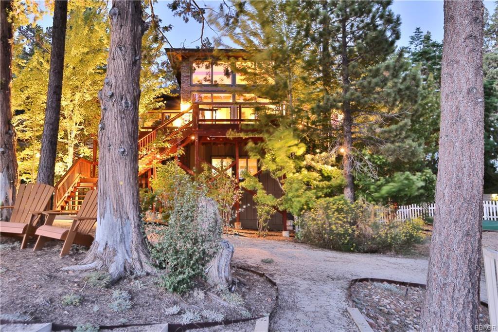 39583 Lake Drive Property Photo 2