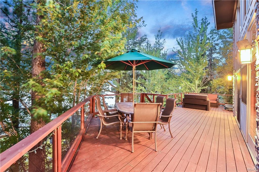 39583 Lake Drive Property Photo 3