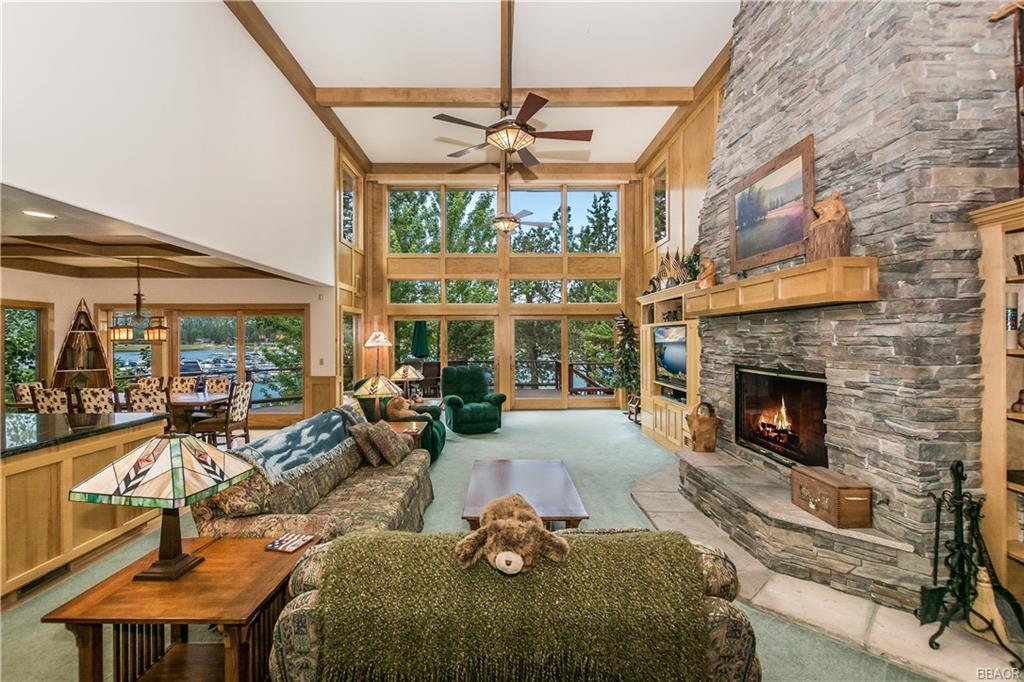 39583 Lake Drive Property Photo 9