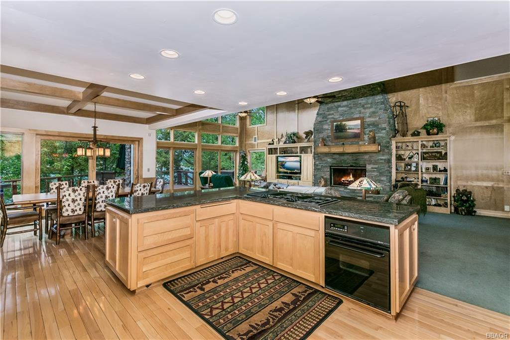 39583 Lake Drive Property Photo 15
