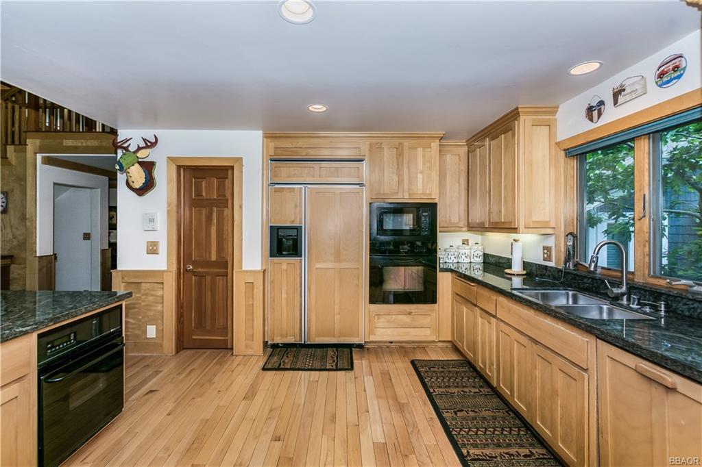 39583 Lake Drive Property Photo 16
