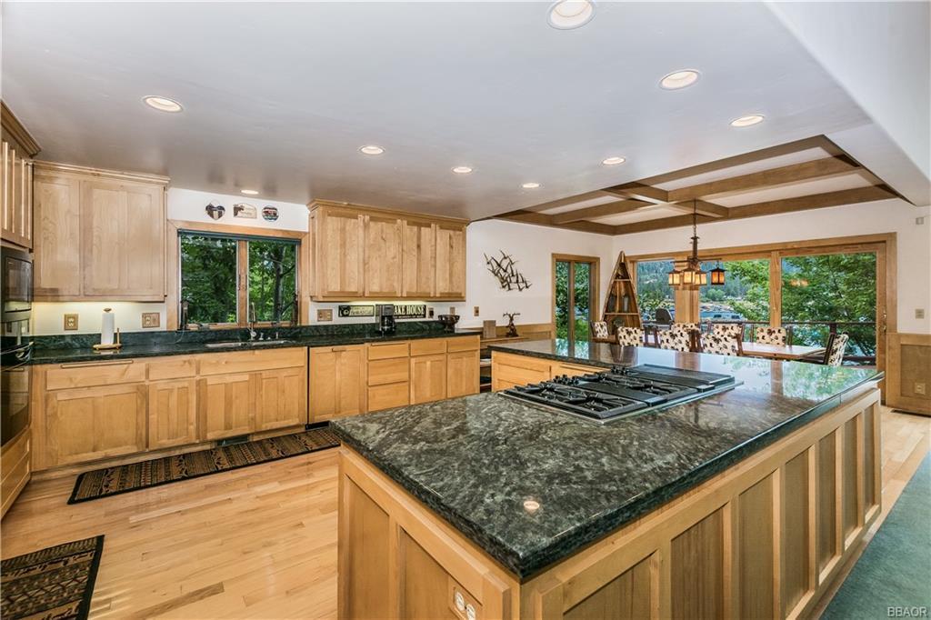 39583 Lake Drive Property Photo 17