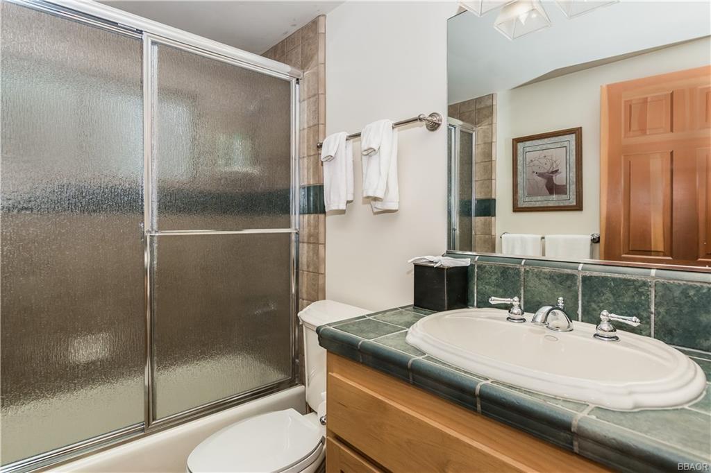 39583 Lake Drive Property Photo 21