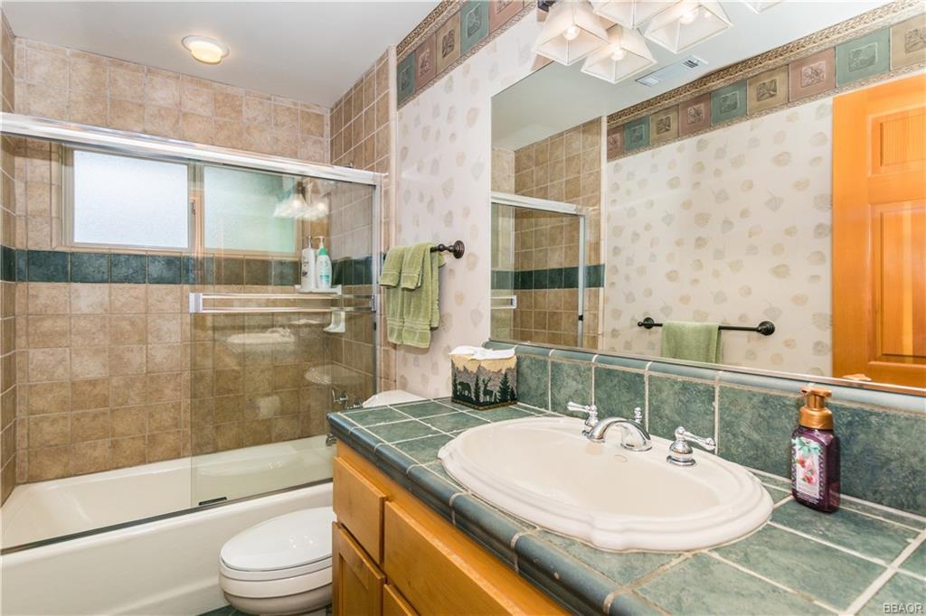39583 Lake Drive Property Photo 32