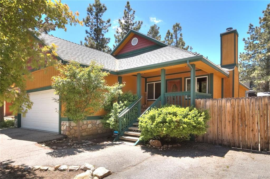 142 Leonard Lane Property Photo - Sugarloaf, CA real estate listing