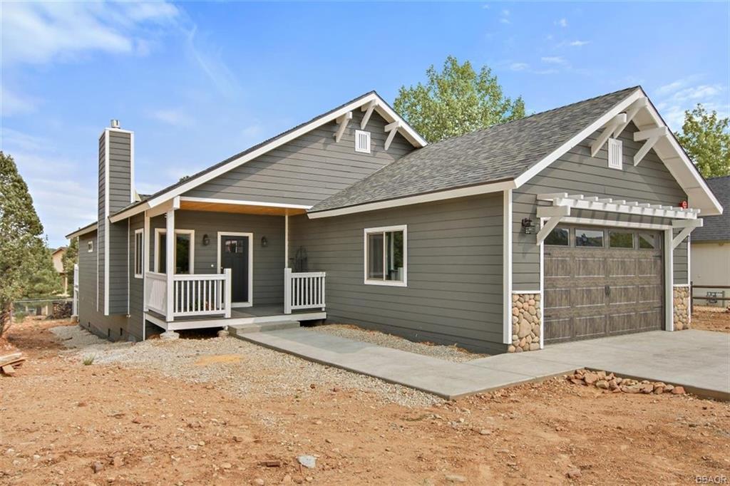 360 Pine Lane Property Photo