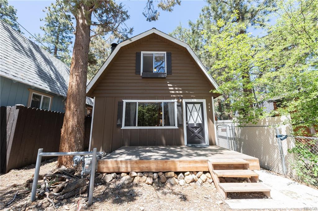 254 Highland Lane, Sugarloaf, CA 92386 - Sugarloaf, CA real estate listing