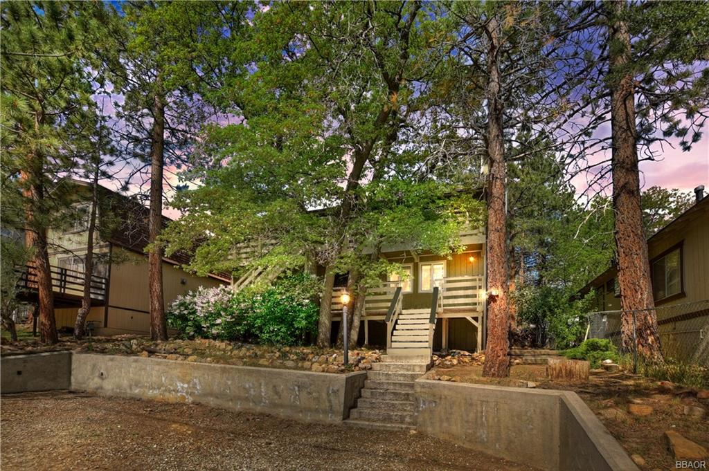 760 Spruce Lane Property Photo - Sugarloaf, CA real estate listing