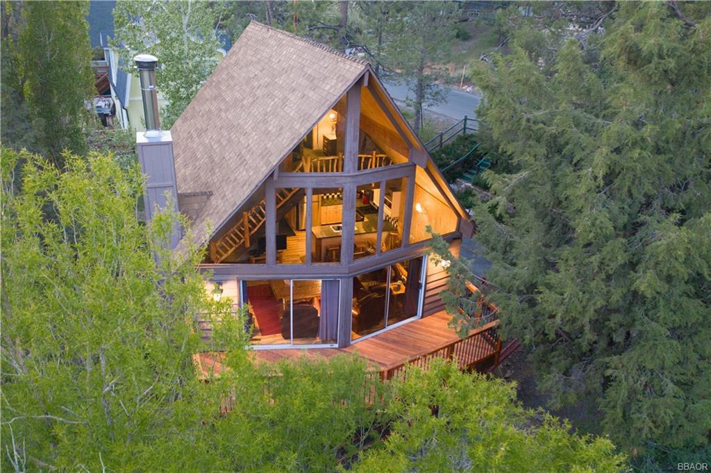 530 Catalina Road Property Photo 1