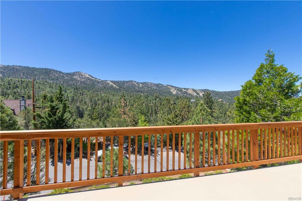43802 Canyon Crest Drive Property Photo 1