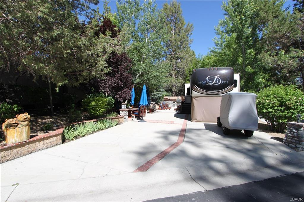 40751 North Shore Lane #106 Property Photo - Fawnskin, CA real estate listing
