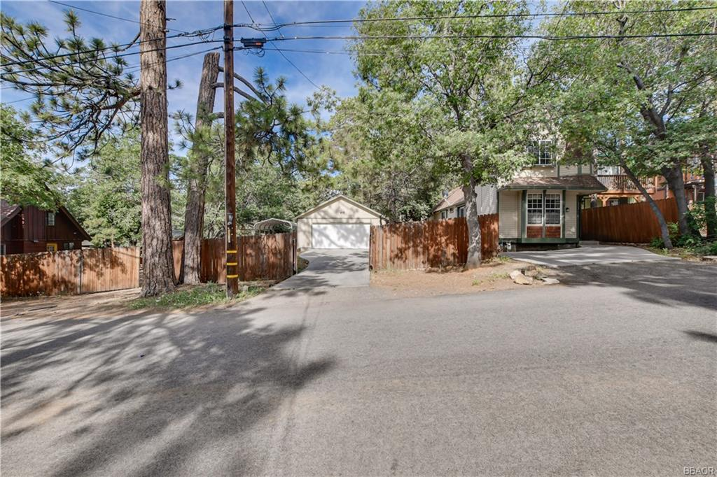 353 San Bernardino Drive Property Photo - Sugarloaf, CA real estate listing