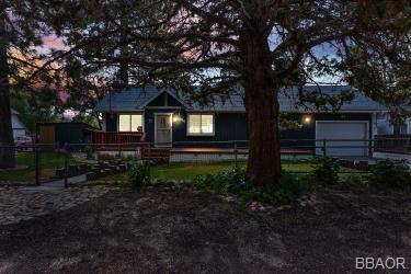 1060 Woodland Drive Property Photo