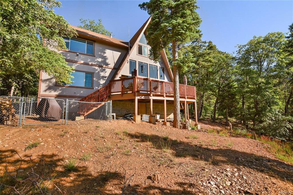 1473 Rockspray Drive Property Photo - Big Bear Lake, CA real estate listing
