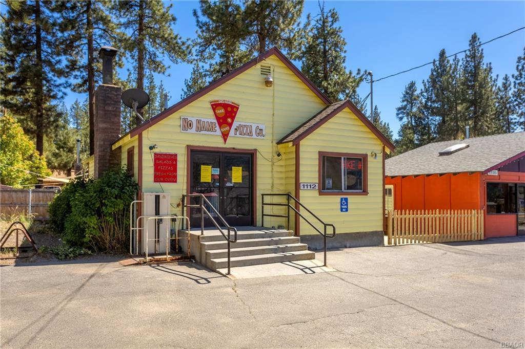 1112 W Big Bear Boulevard Property Photo