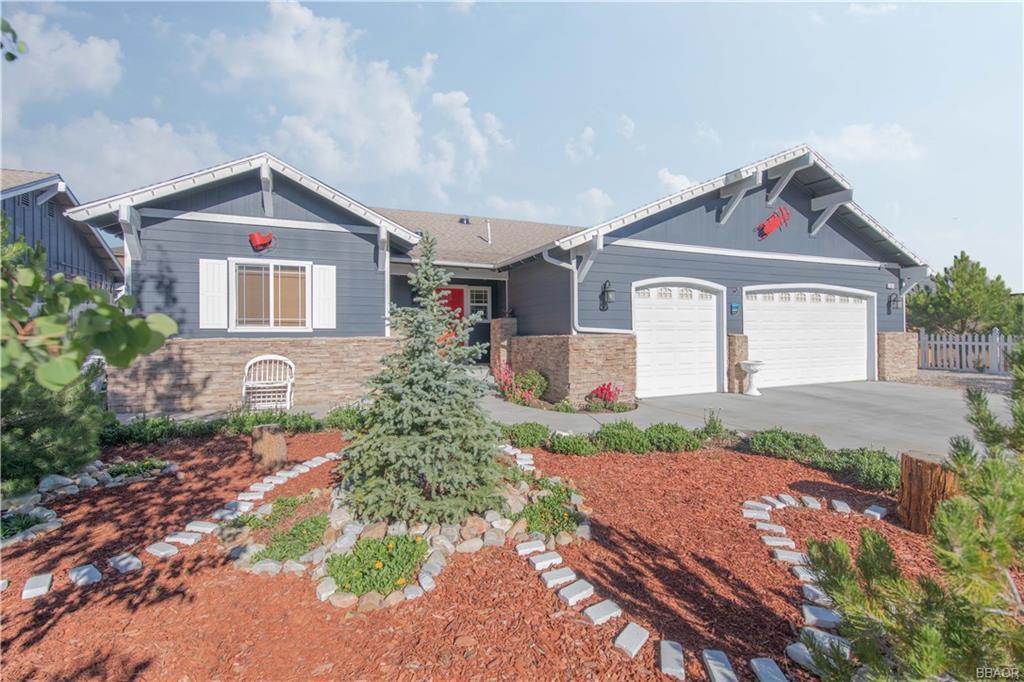 307 Pine Lane Property Photo
