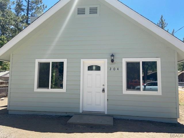 204 W North Shore Drive Property Photo