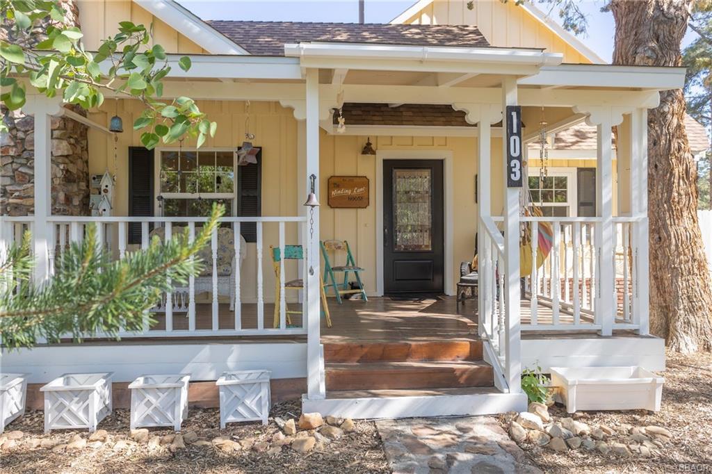 103 Winding Lane Property Photo