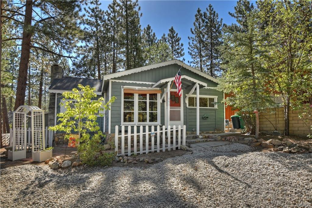 651 Merced Street Property Photo - Big Bear Lake, CA real estate listing