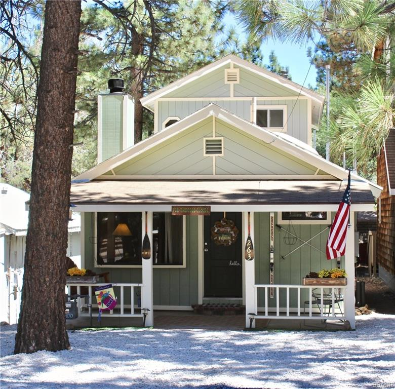 263 Victoria Lane Property Photo - Sugarloaf, CA real estate listing