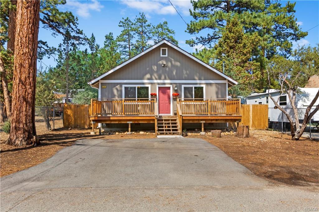 594 Cedar Lane Property Photo