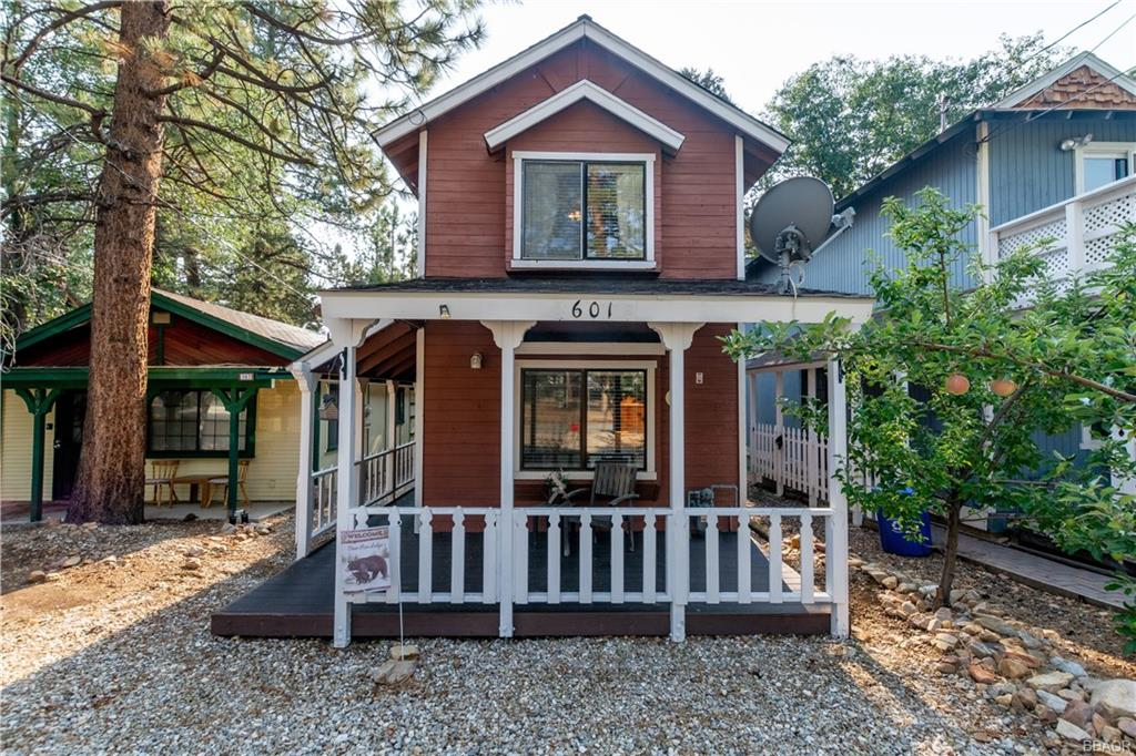 601 Cedar Lane Property Photo