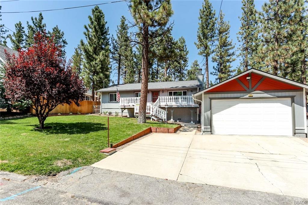 1217 Redwood Drive Property Photo