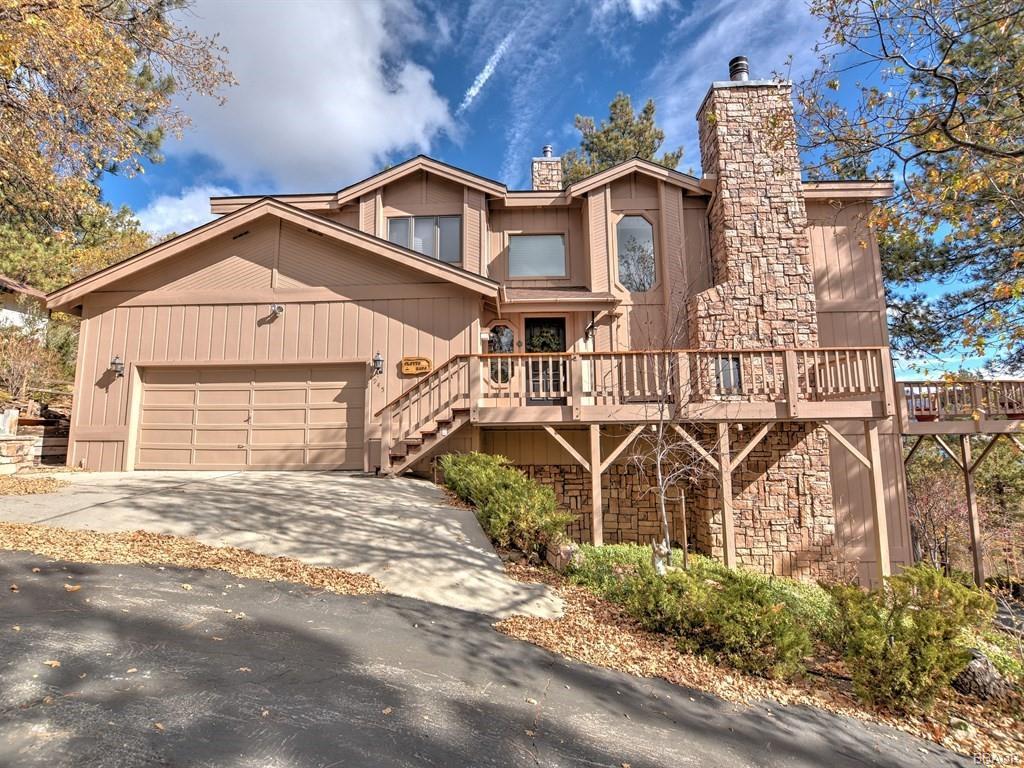945 Deer Trail Lane Property Photo - Fawnskin, CA real estate listing