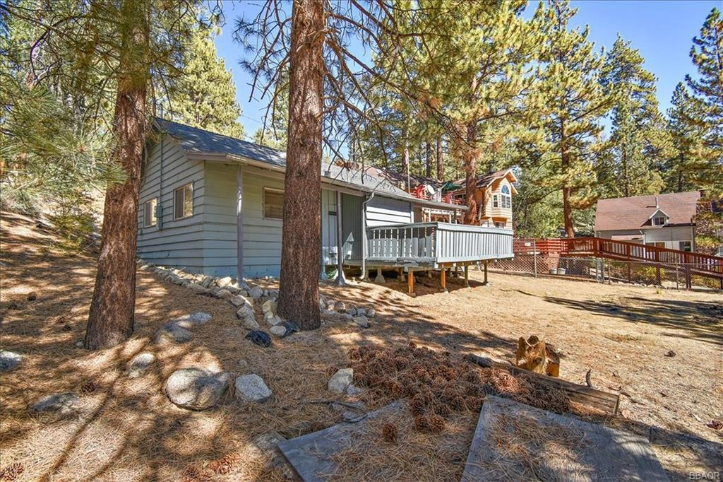 39243 Cedar Dell Road Property Photo