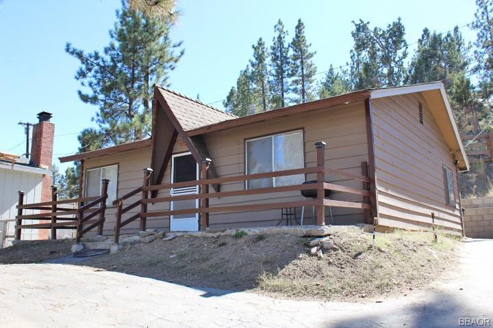 733 W Big Bear Boulevard Property Photo