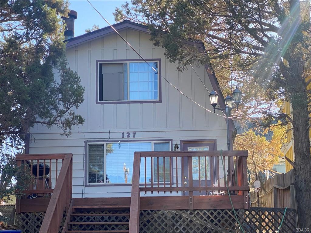 127 Vista Avenue Property Photo