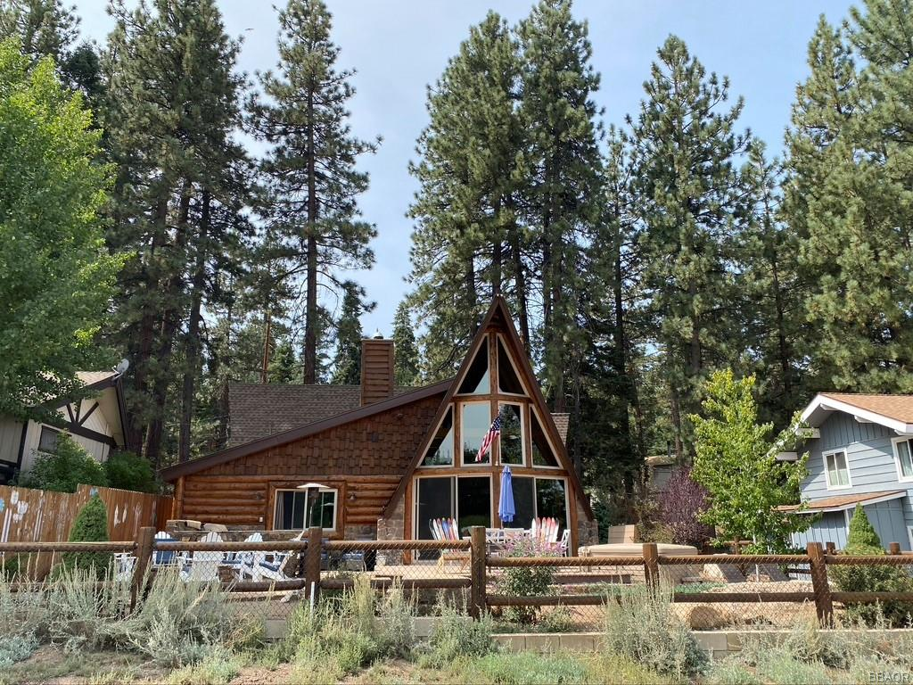 1033 Club View Drive Property Photo - Big Bear Lake, CA real estate listing