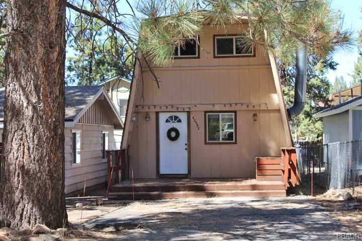 42592 Peregrine Avenue Property Photo