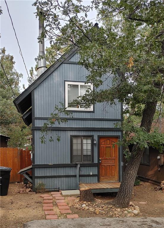 328 San Bernardino Drive Property Photo
