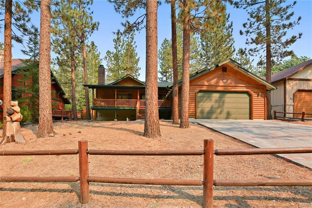 920 Alpenweg Drive Property Photo