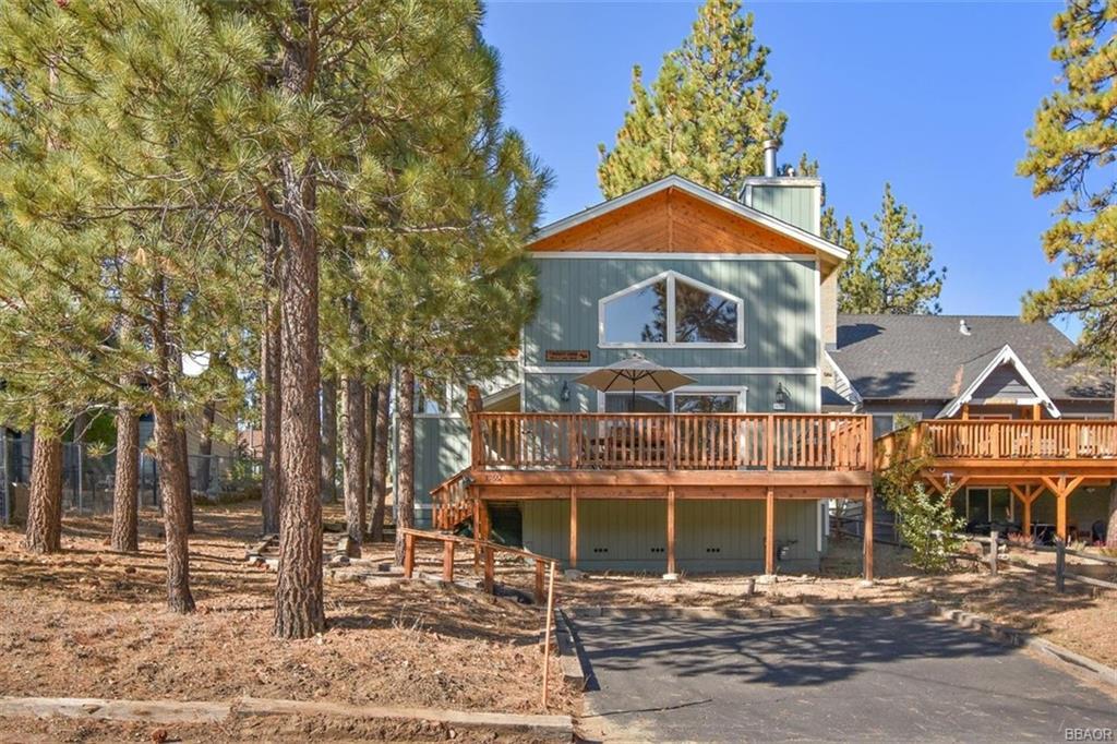 39662 Lake Drive Property Photo