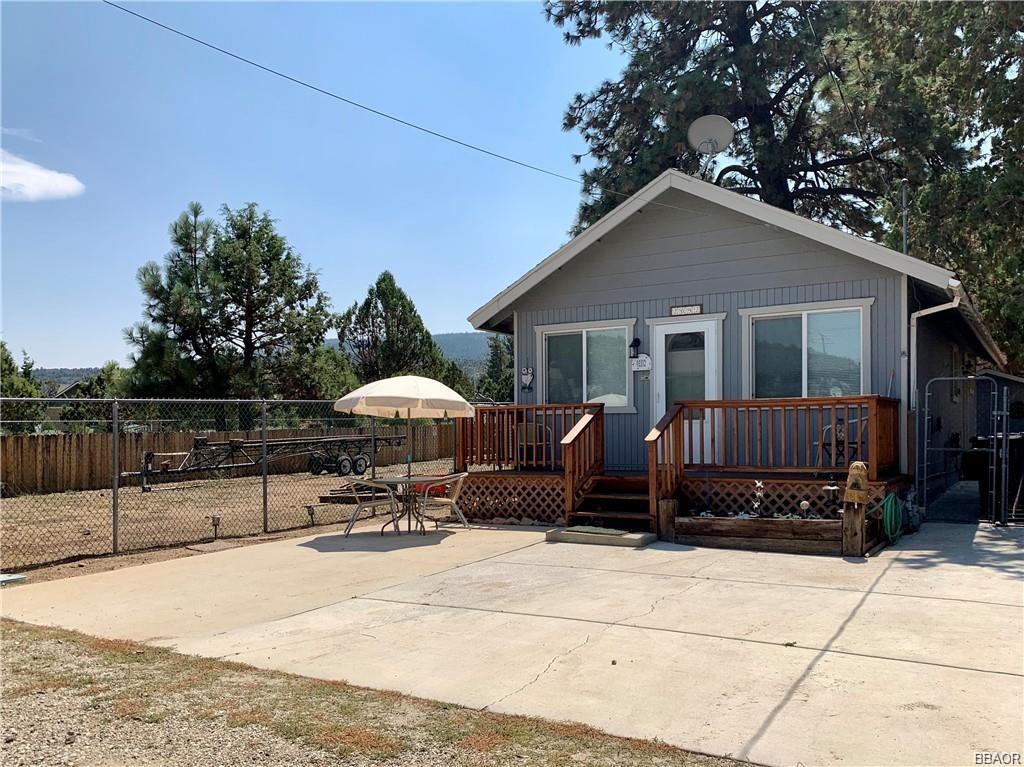 2092 10th Lane Property Photo
