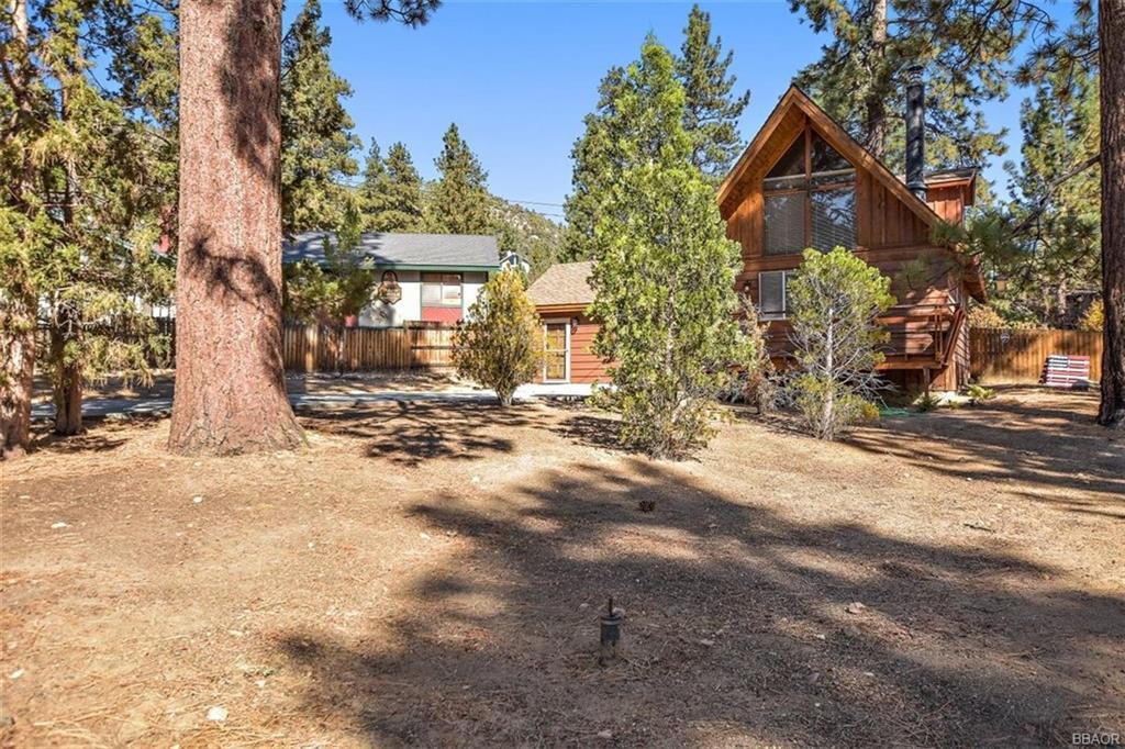 1082 Snow Ridge Road Property Photo