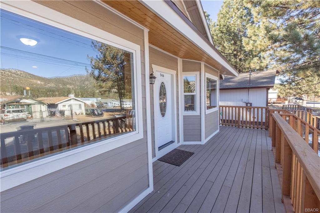 746 W Country Club Boulevard Property Photo