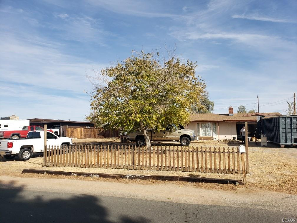 13475 Tutelo Road Property Photo - Apple Valley, CA real estate listing