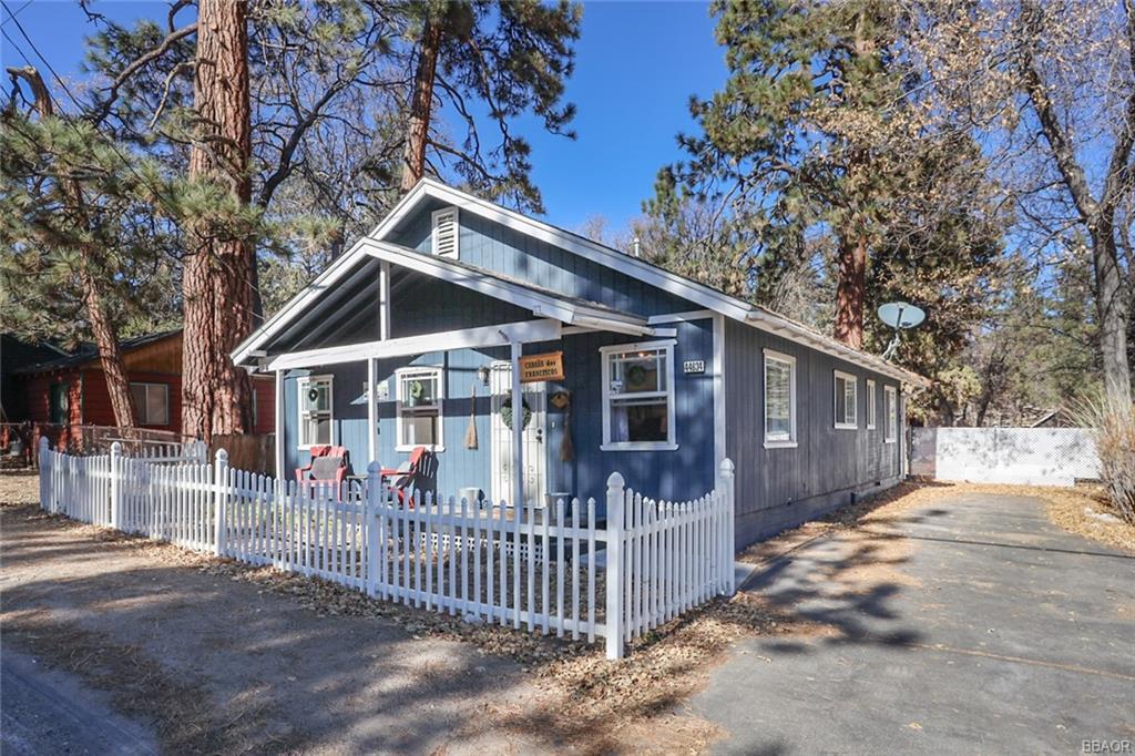 44634 Barton Lane Property Photo