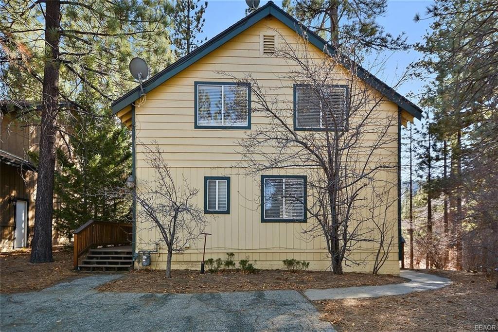 42437 Tioga Drive Property Photo