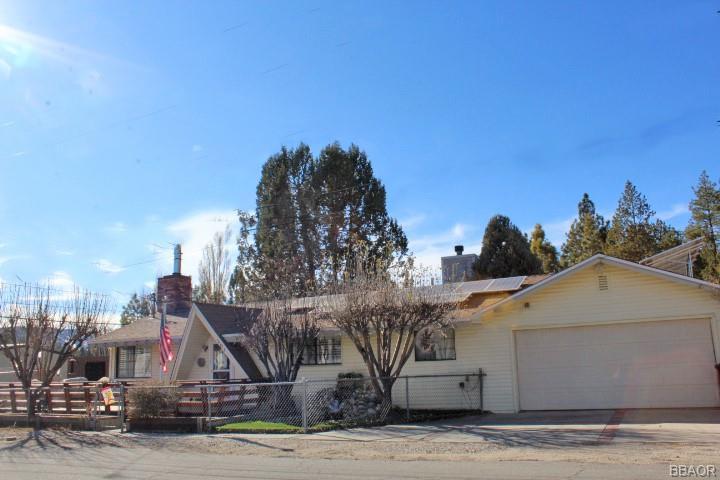 201 W Meadow Lane Property Photo