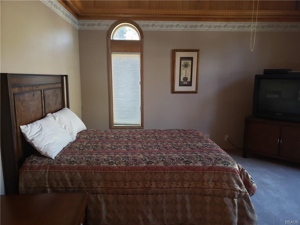 39200 Seminole Drive Property Photo 27