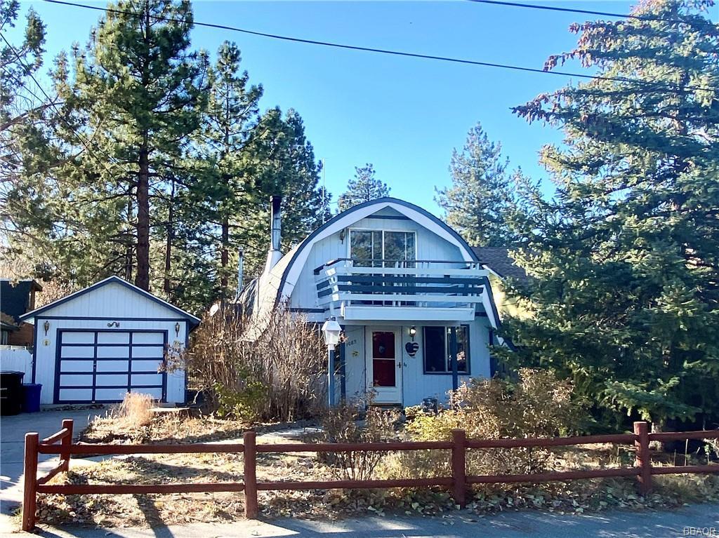 1085 Mount Doble Drive Property Photo