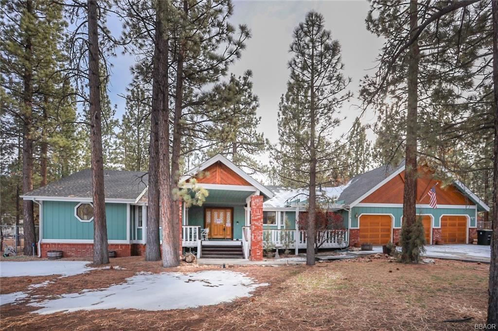 2474 Oak Lane Property Photo - Big Bear City, CA real estate listing