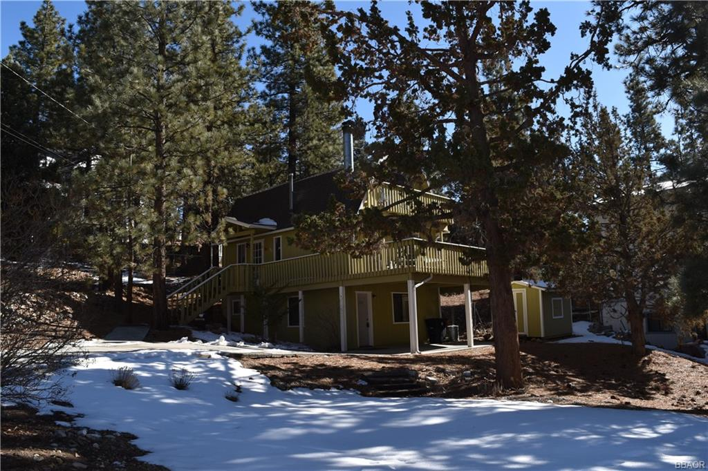 960 Bear Mountain Road Property Photo